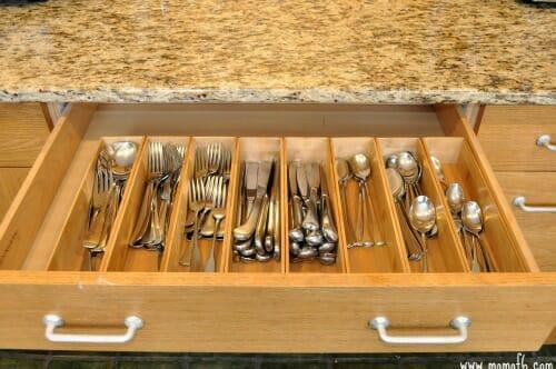 Organizing-Kitchen-Drawers2