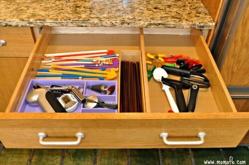 Organizing-Kitchen-Drawers5