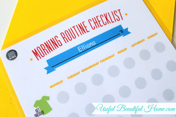 Cute-morning-routine-checklist-for-organizing-the-school-mornings