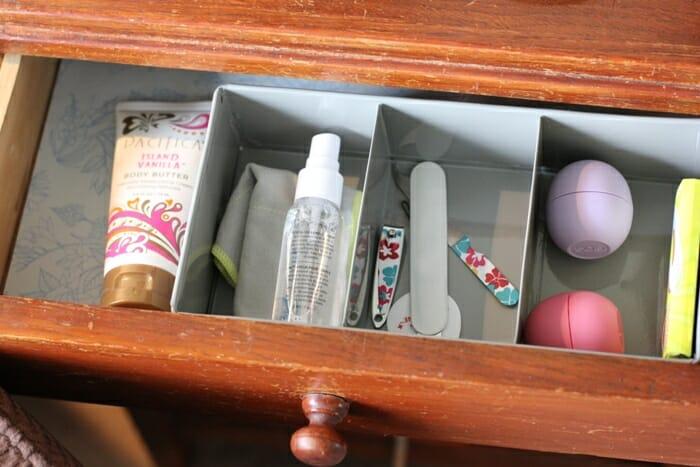 Living Room Quiet Corner Organization 12