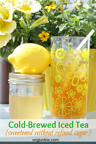 Cold-brewed iced tea with no refined sugar!!