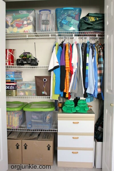 Teach your kids how to organize - Stop Tossing Your Kids Stuff at I'm an Organizing Junkie blog