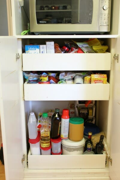 kitchen-cabinet-with-drawers-before