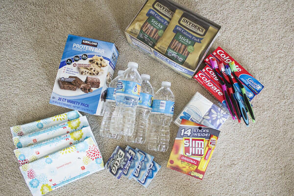 homeless-care-package-blessing-kits
