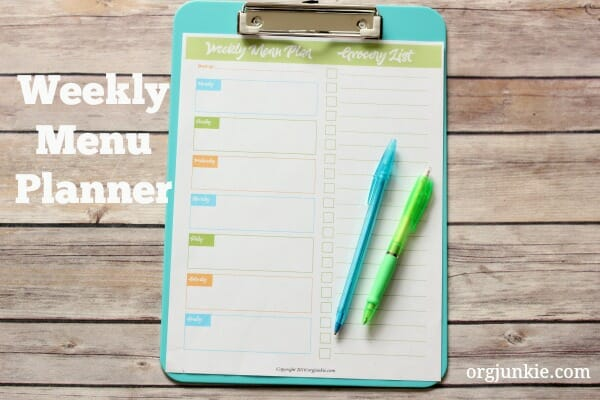 weekly menu planner free printable at I'm an Organizing Junkie blog