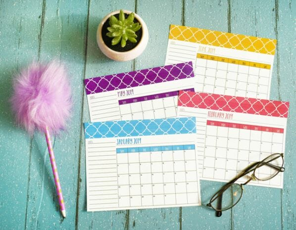 Stay Organized with Free Printable 2019 Calendars at I'm an Organizing Junkie blog