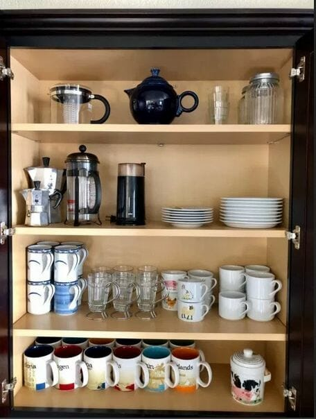 Small Organized Spaces: How to Organize a Kitchen Drink Station at I'm an Organizing Junkie blog