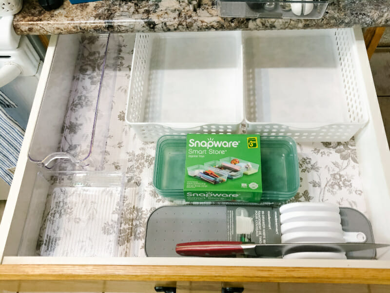 containerizing the kitchen drawer