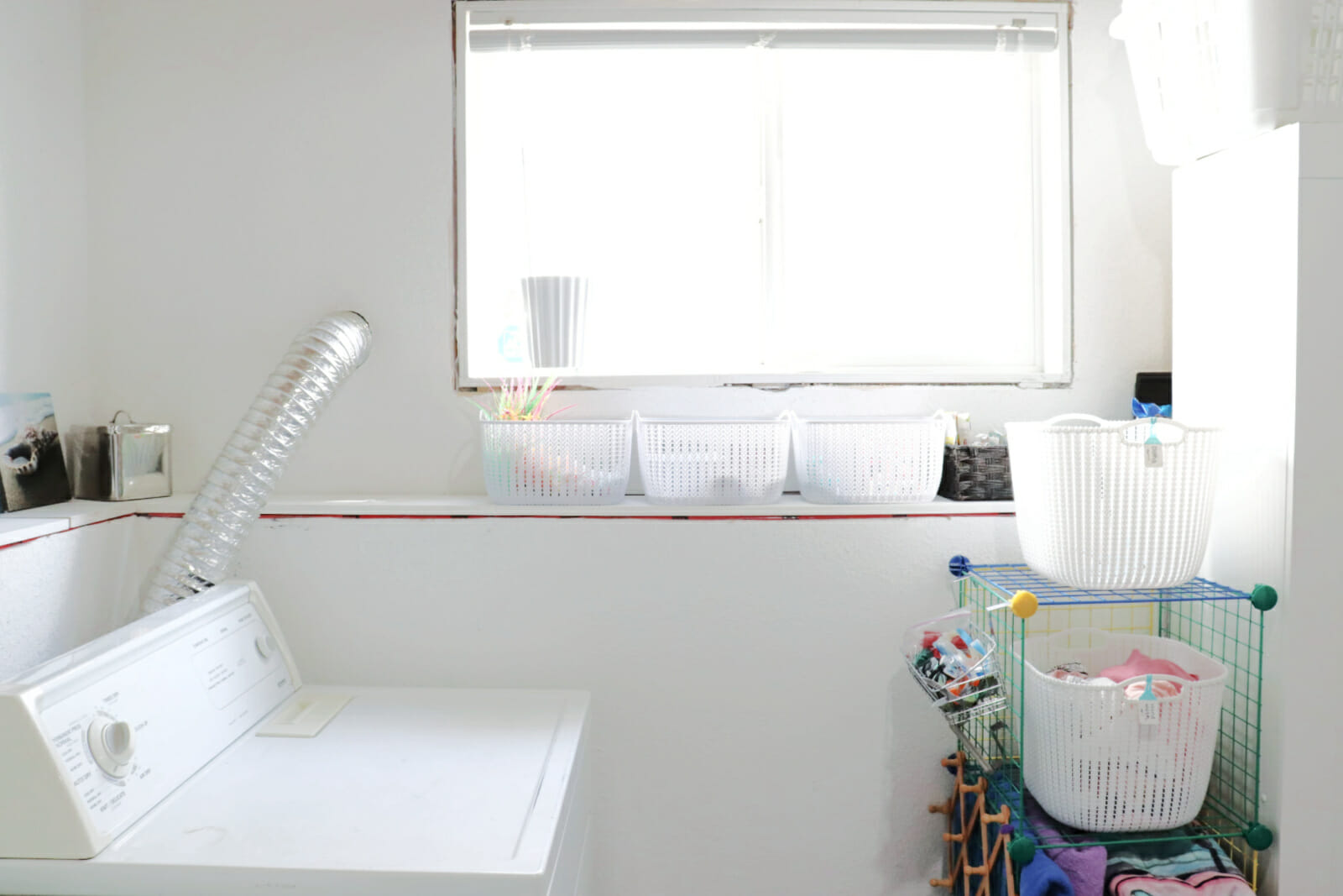 small organized spaces - laundry room